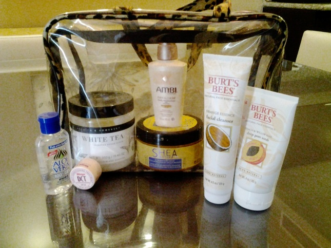 toiletry-bag-items